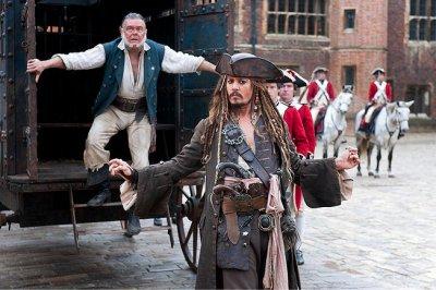 A Karib-tenger kalózai filmidézet - Johnny Depp (Jack Sparrow)