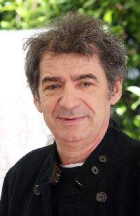 Miki Manojlović